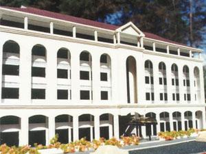 Rwenzori House model